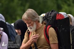 easter_procession_ukraine_pochaev_0302