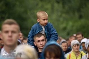 easter_procession_ukraine_pochaev_0327