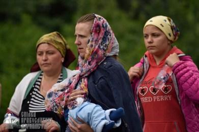 easter_procession_ukraine_pochaev_0342