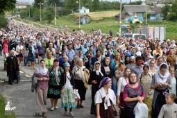 easter_procession_ukraine_pochaev_0387