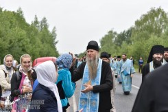 easter_procession_ukraine_pochaev_0420