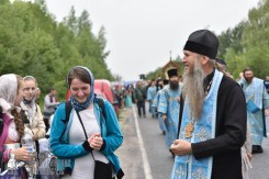 easter_procession_ukraine_pochaev_0421