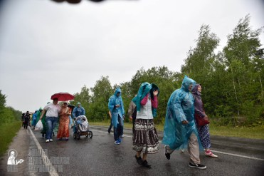 easter_procession_ukraine_pochaev_0439