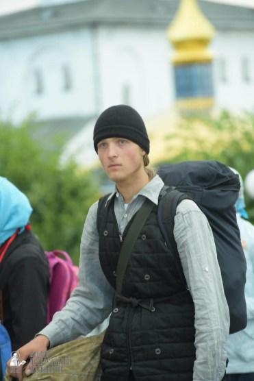 easter_procession_ukraine_pochaev_sr_0035