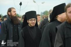 easter_procession_ukraine_pochaev_sr_0170