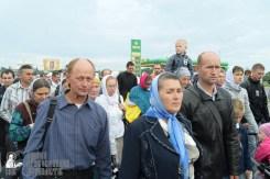 easter_procession_ukraine_pochaev_sr_0189
