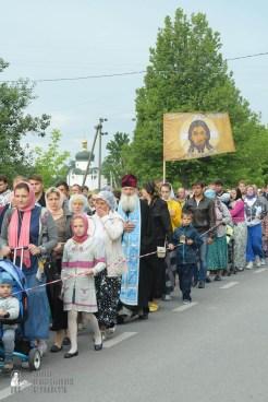 easter_procession_ukraine_pochaev_sr_0206