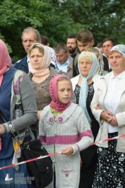 easter_procession_ukraine_pochaev_sr_0208