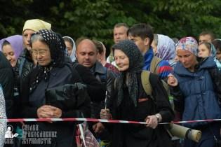 easter_procession_ukraine_pochaev_sr_0211