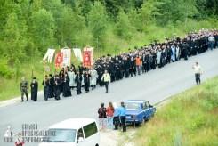 easter_procession_ukraine_pochaev_sr_0257
