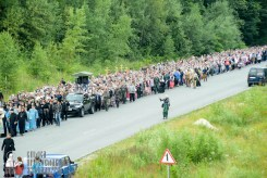easter_procession_ukraine_pochaev_sr_0268