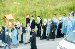 easter_procession_ukraine_pochaev_sr_0282