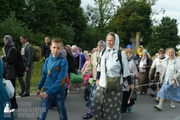easter_procession_ukraine_pochaev_sr_0345