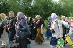 easter_procession_ukraine_pochaev_sr_0353