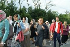 easter_procession_ukraine_pochaev_sr_0359