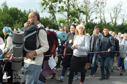 easter_procession_ukraine_pochaev_sr_0368