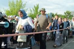 easter_procession_ukraine_pochaev_sr_0393