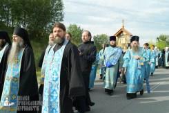 easter_procession_ukraine_pochaev_sr_0408