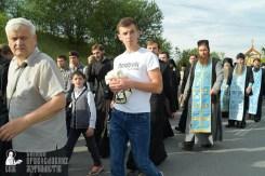 easter_procession_ukraine_pochaev_sr_0414
