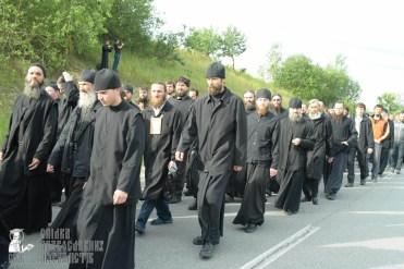 easter_procession_ukraine_pochaev_sr_0429