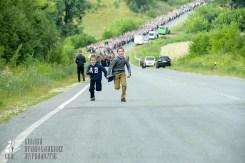 easter_procession_ukraine_pochaev_sr_0435