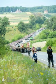 easter_procession_ukraine_pochaev_sr_0447