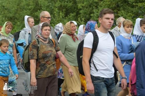 easter_procession_ukraine_pochaev_sr_0505