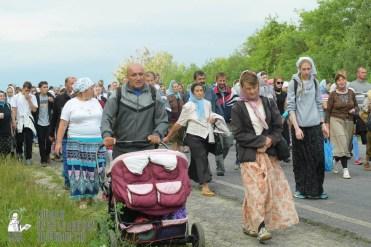 easter_procession_ukraine_pochaev_sr_0515
