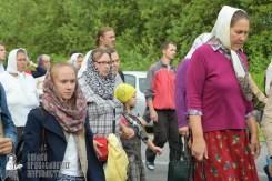 easter_procession_ukraine_pochaev_sr_0529