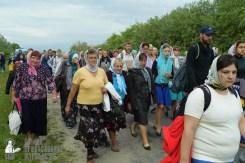 easter_procession_ukraine_pochaev_sr_0533