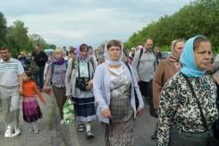 easter_procession_ukraine_pochaev_sr_0534