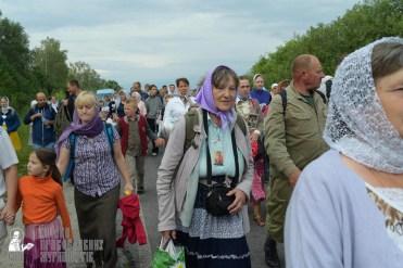 easter_procession_ukraine_pochaev_sr_0536