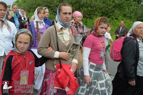 easter_procession_ukraine_pochaev_sr_0538