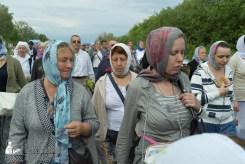easter_procession_ukraine_pochaev_sr_0552