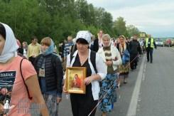 easter_procession_ukraine_pochaev_sr_0563