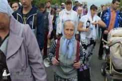 easter_procession_ukraine_pochaev_sr_0565