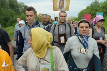 easter_procession_ukraine_pochaev_sr_0582