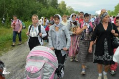 easter_procession_ukraine_pochaev_sr_0601