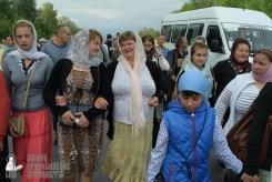 easter_procession_ukraine_pochaev_sr_0608