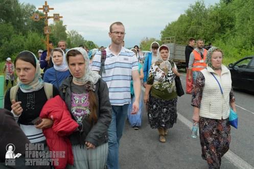 easter_procession_ukraine_pochaev_sr_0624
