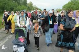 easter_procession_ukraine_pochaev_sr_0630