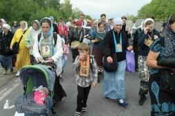 easter_procession_ukraine_pochaev_sr_0631