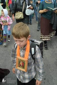 easter_procession_ukraine_pochaev_sr_0632