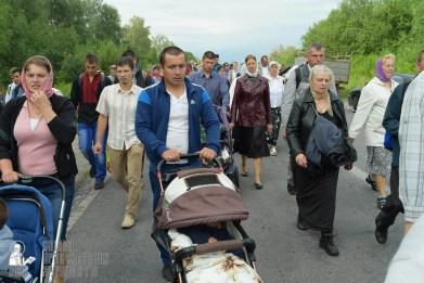 easter_procession_ukraine_pochaev_sr_0647