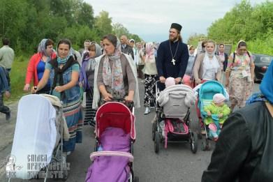 easter_procession_ukraine_pochaev_sr_0651