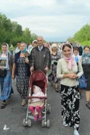 easter_procession_ukraine_pochaev_sr_0658