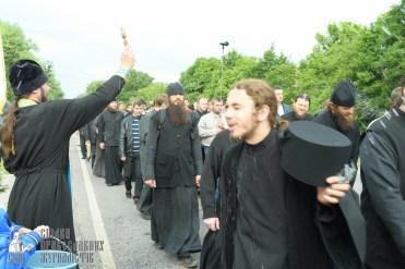 easter_procession_ukraine_pochaev_sr_0695