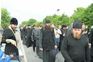 easter_procession_ukraine_pochaev_sr_0696