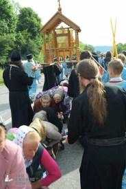 easter_procession_ukraine_pochaev_sr_0710
