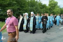 easter_procession_ukraine_pochaev_sr_0726
